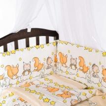 Бортик Baby Care в кроватку Бельчата бежвый