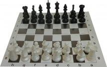 Набор шахматы Ладья-С обиходные пластмассовые и шахматная доска картон 31х31 см